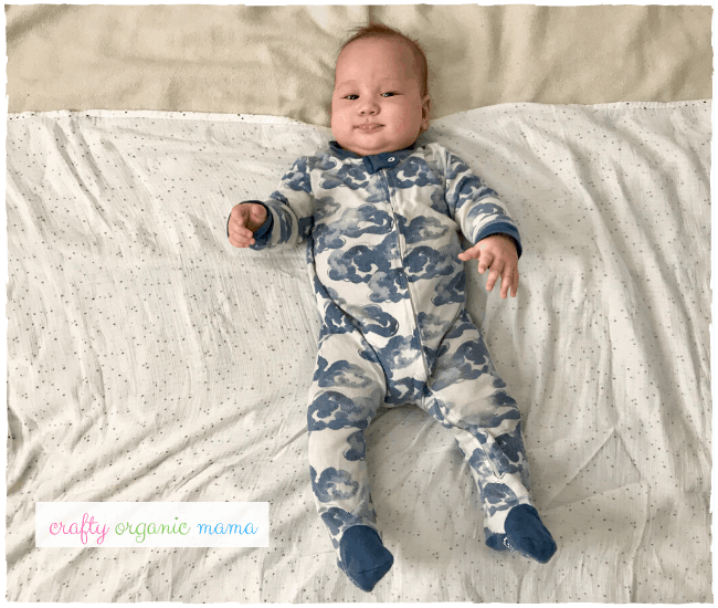 how to swaddle baby step by step